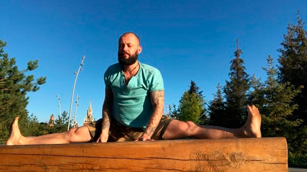 Алексей Маматов видео упражнения по лечению грыжи