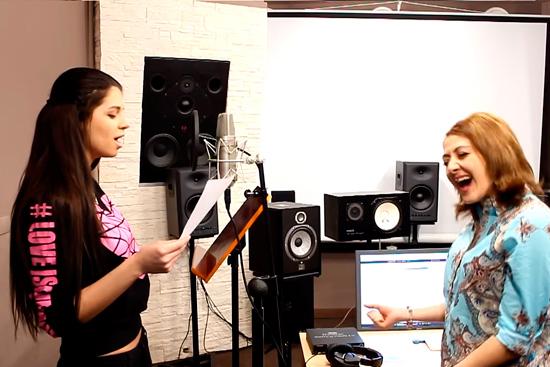 Алиана Устиненко (Гобозова) обучается вокалу у Жанны Серопян